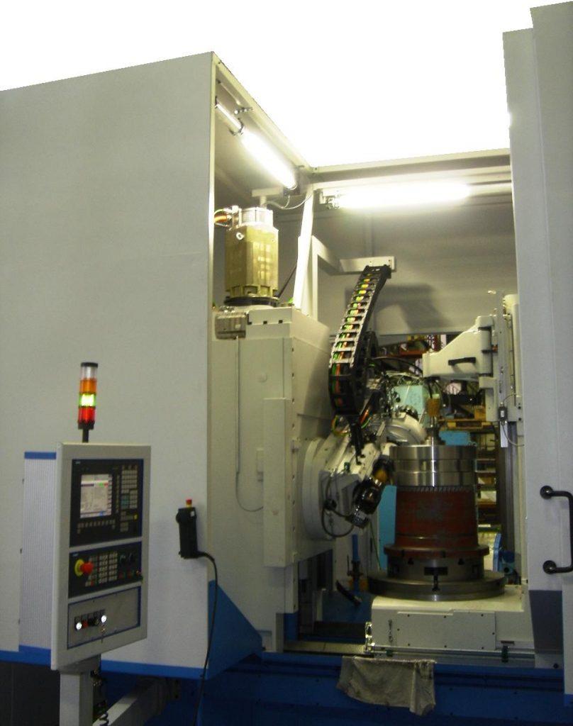 PFAUTER PE 750 Abwälzfräsmaschine